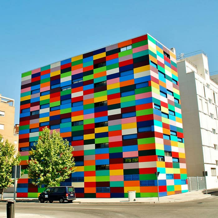 colourful-buildings-037