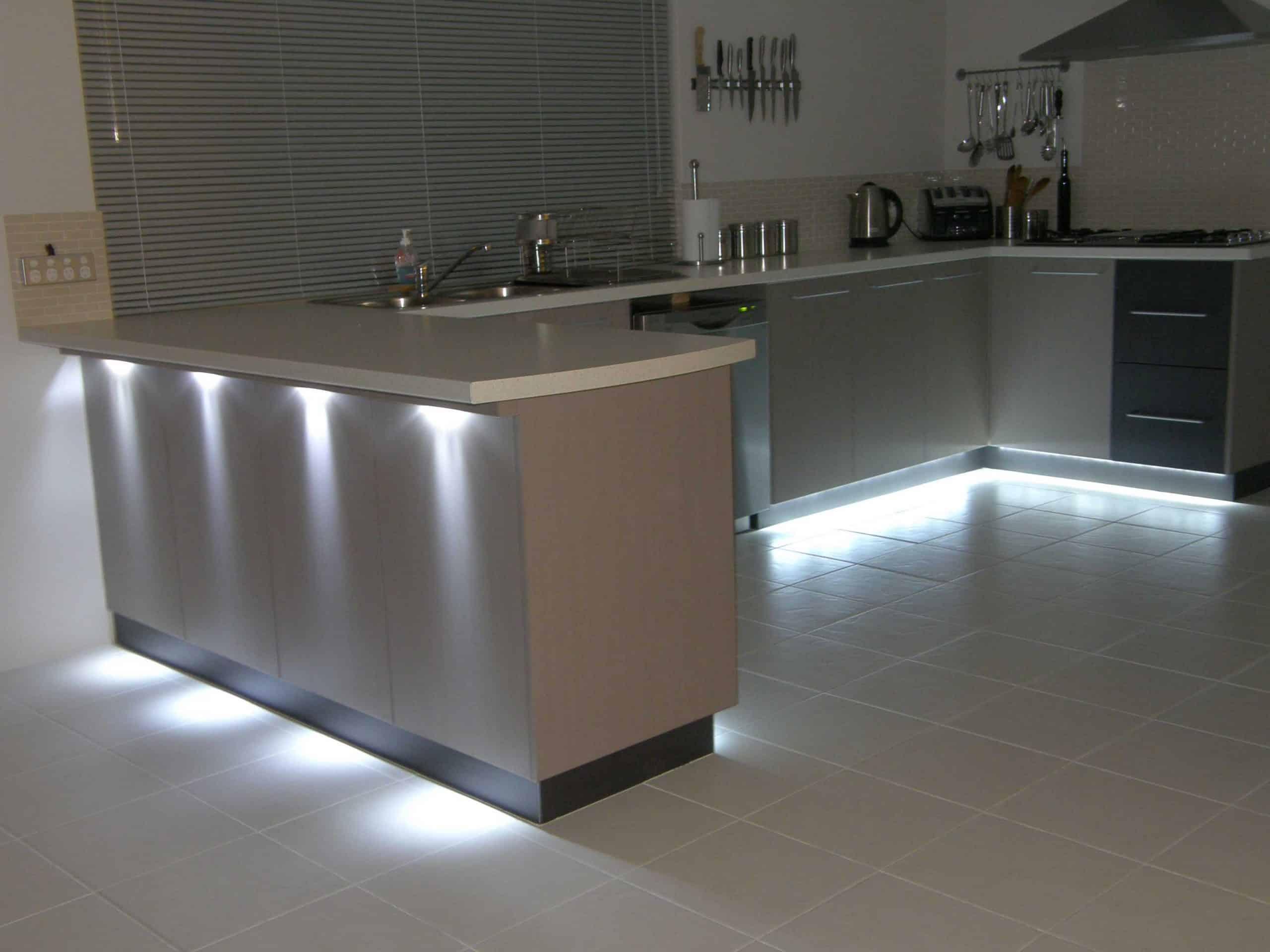 Kitchen Countertop Lighting 29 Inspiring Kitchen Lighting Ideas Designbump