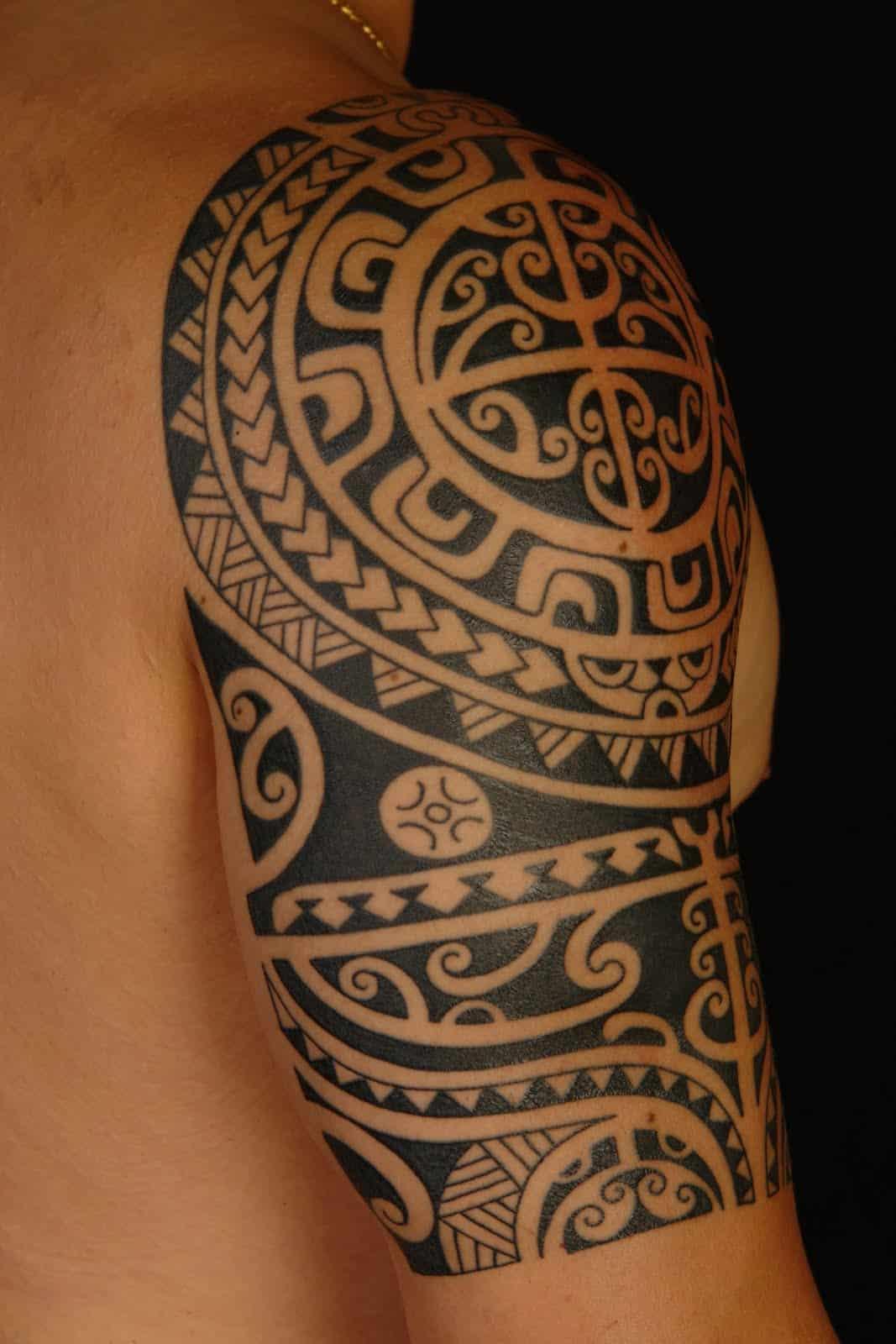 15 beautiful maori tribal tattoo designs designbump. Black Bedroom Furniture Sets. Home Design Ideas