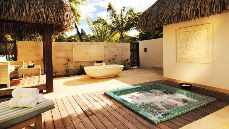 Outdoor Spa Bath Design Ideas - Outdoor Designs